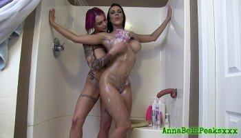 lucy anne brooks webcam